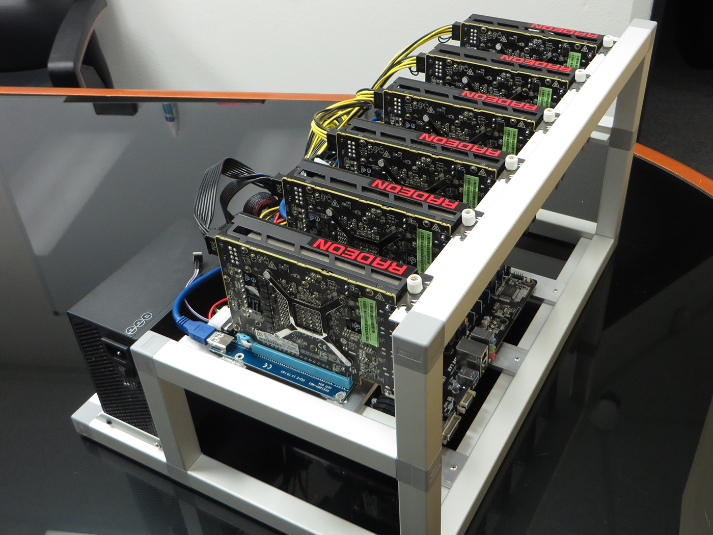 Ethereum Cryptocurrency Mining rig, find more @IT-Supplier.co.uk