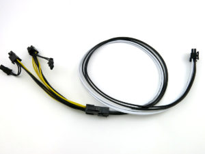 PCIe splitter connected to a standard PCIe power cable