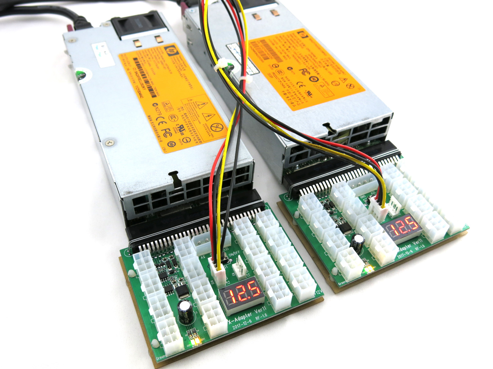Interconnect sync cable attached to (2) X6B breakout boards to power off and on together