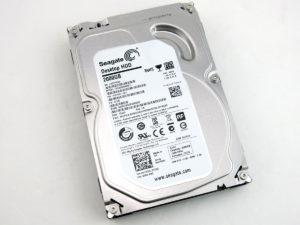 Seagate Barracuda ST2000DM001 2TB Hard Drive Disk